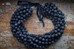 Ожерелье из дерева Деревянное черное с бисером