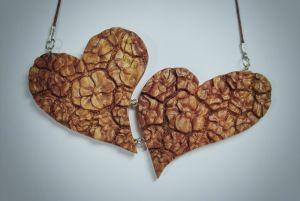 "Кулон из дерева ""Цветущие сердца"", кулон ручной работі"