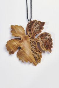 Кулон з дерева «Фантазія», кулон ручної роботи