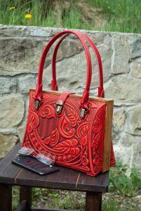 Жіночі сумки ручної роботи Авторський шкіряний саквояж червоний