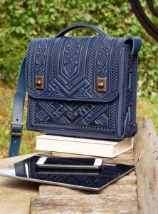 Рогозян-Ухман Людмила Вместительная сумка на каждый день кожаная темно-синяя через плечо, под планшет