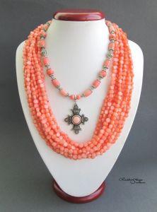 """Ожерелье ручной работы """"Розовый цветочек"""""""