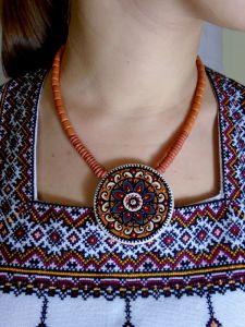 Ожерелья и колье ручной работы Цветение