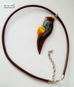 Стеклянный кулон Кулон из вишни с янтарем