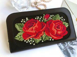 Кошельки ручной работы Чёрный кожаный кошелёк «Розы»