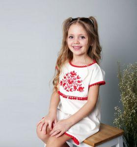 Вышиванки детские Праздничное платье с деревом жизни