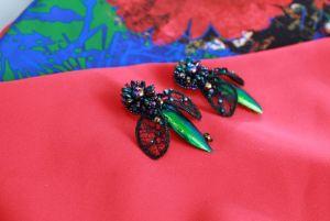 Серьги ручной работы Вечерние праздничные серьги вышивка зелено-черные