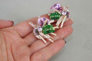 Серьги ручной работы Серьги клипсы из натурального жемчуга и кристаллов. Вышивка пайетками