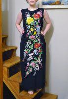 Стильная вышитая макси платье ручной работы