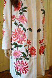 Одежда из льна Кашемировое женское пальто - Вышитое демисизонное пальто