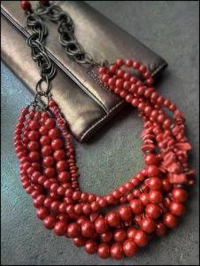 Колье из перламутра Ожерелье из красных бусин
