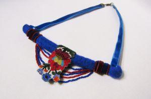 Ожерелье из шерсти Ультрамарин