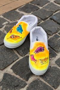 """Женская обувь Слипоны """"Веселые мопсы"""""""