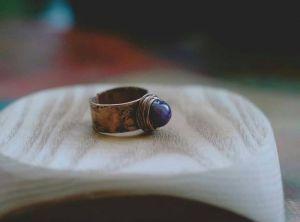 Кольца ручной работы Колечко с фиолетовым аметистом