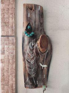 Изделия из дерева ручной работы Подвеска с перышком, для ключей или бижутерии