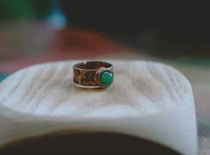 Кольца ручной работы Колечко с зеленым агатом
