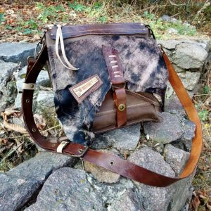 Женские сумки ручной работы Кожаная сумка «Huntress»