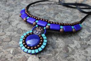 Ожерелье из кожи Ожерелье сине - бирюзовое с кабошоном