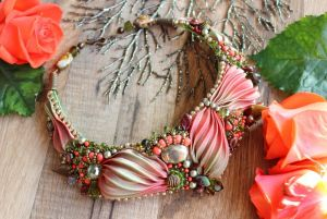 Ожерелье из пирита Ожерелье с шибори