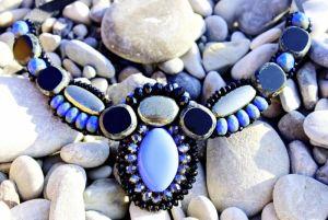 Ожерелье с пиритом васильковое