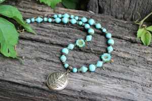 Ожерелье бирюзовое с подвеской