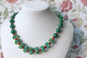 Ожерелье Цветочное с малахитом