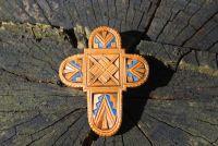 Деревянный крестик