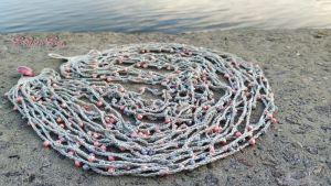 Ожерелья и колье ручной работы Серо-розовый туман