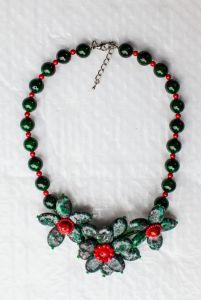 Ожерелье из бисера Волшебный цветок