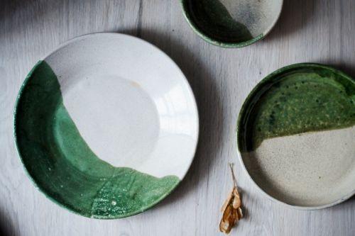 Набір посуду біло-зелений