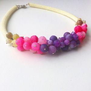 Ожерелье из бисера Лея