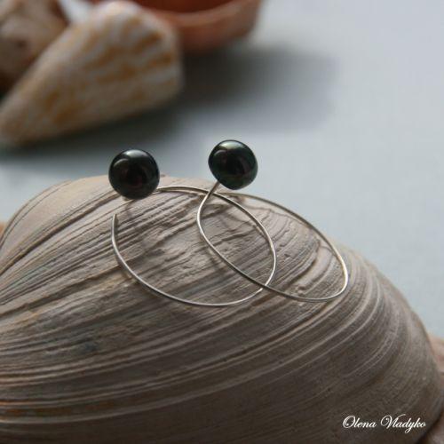 Серебряные серьги кольца с черным жемчугом