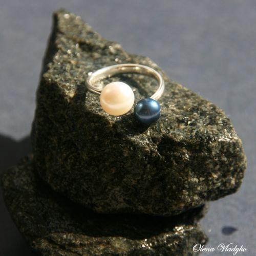 """Срібна каблучка з натуральними перлами """"Double pearls"""""""