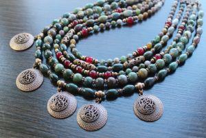 Ожерелье из нефрита Калиновая роща