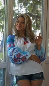 Вышитые рубашки женские Вишиванка в класичному стилю