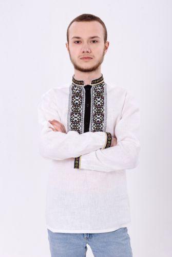 Шикарна біла чоловіча вишиванка з чорною планкою та розкішним орнаментом  3213 c2cecf7e5400d
