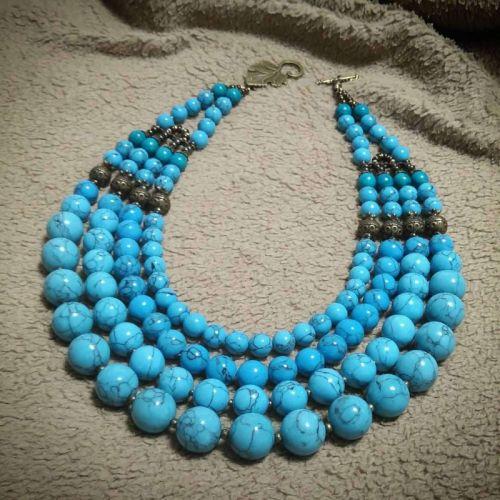 Ожерелье «Голубая градация»