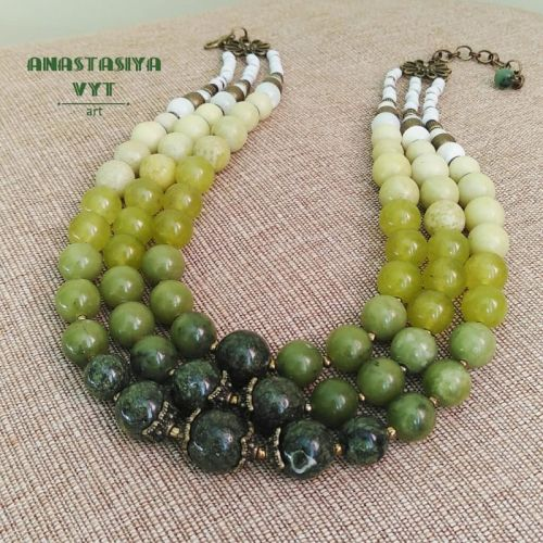 Ожерелье «Зеленая долина»