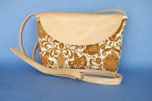 Вироби зі шкіри ручної роботи Маленька наплічна сумочка