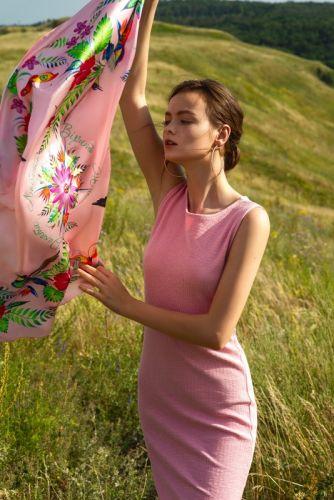 Розовый платок «Пассифлора»