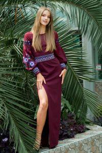 """Платье вышиванка ручной работы Платье """"Цветущий сад"""" с вышивкой. Бордовое вышитое платье"""