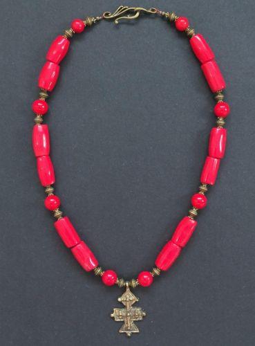 Ожерелье с гуцульским крестом