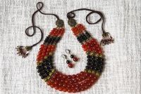 Ожерелье из агата с кистями и серьгами