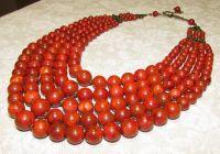 Ожерелье из прессованного коралла в 5 низок