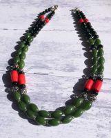 Ожерелье агатовое с кораллом
