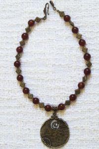Ожерелье из агата с подвеской большой