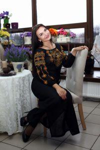 Чорна сукня з вишивкою Сукня Ч 7078