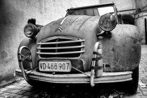 Фотографи Стара машина