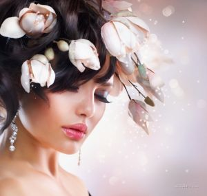 Печатные картины на холсте Девушка-цветок