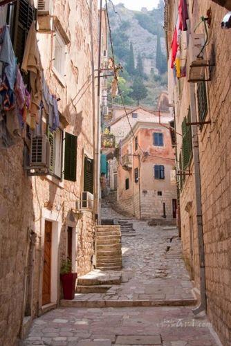Улочкой старого города